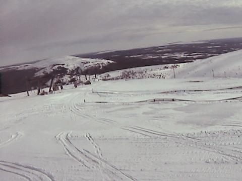 Ylläs-Ski, Lännenleveä